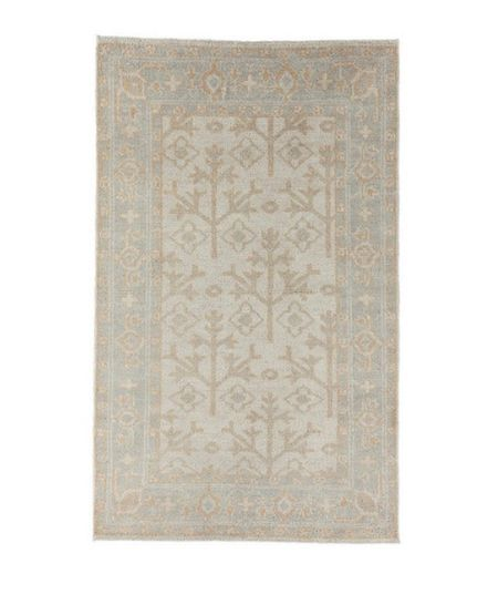 Gorgeous neutral rugs for fall! I have the runner in my kitchen and the 5x7 in my entry.   #LTKhome #LTKSeasonal #LTKstyletip