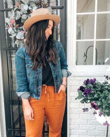 Loving these linen pants and they are on sale!   http://liketk.it/3cdZg @liketoknow.it #liketkit #LTKunder50 #LTKstyletip #LTKsalealert