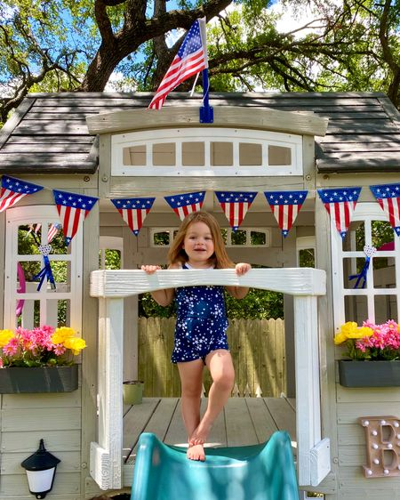 Baker & her playhouse are ready for the 4th of July ❤️🤍💙 #4thofjuly http://liketk.it/2RfIW #liketkit @liketoknow.it #ltkkids #ltkfamily