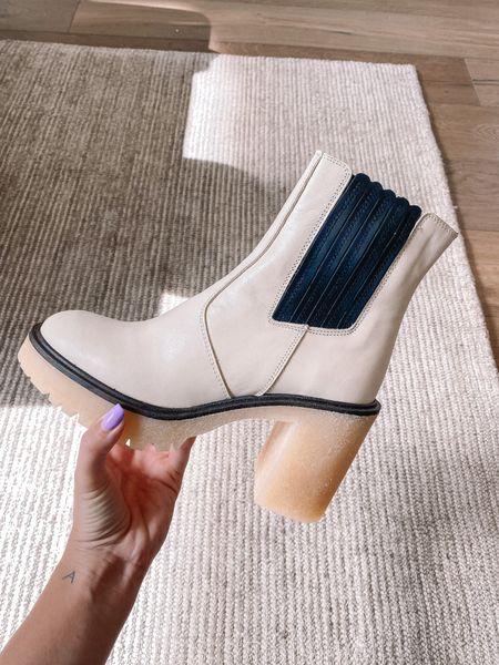 New fall boots 🤩🤩   #LTKSeasonal #LTKshoecrush