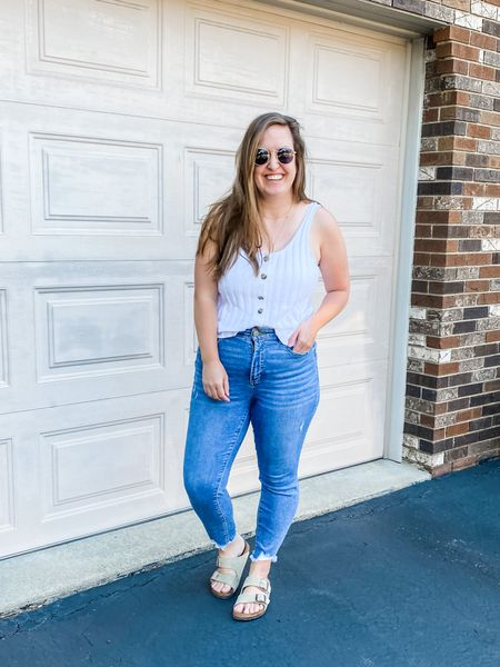 My whole outfit is from Loft who is having 50% off today! You can instantly shop all of my looks by following me on the LIKEtoKNOW.it shopping app. http://liketk.it/3hPb4 #liketkit #LTKcurves #LTKsalealert #LTKunder50 @liketoknow.it @liketoknow.it.family