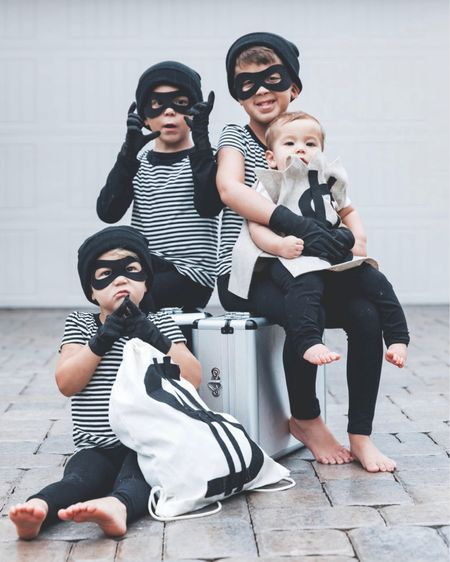 DIY Crime Crew costumes! @liketoknow.it #liketkit http://liketk.it/2ZruL