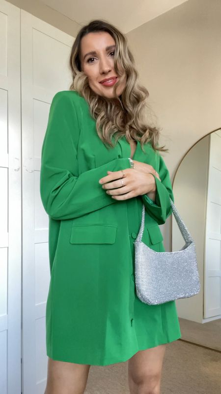 Evening and night out outfits for the colder weather, date night outfits, what to wear to bottomless brunch and dinner and drinks outfits.   #LTKstyletip #LTKunder100 #LTKeurope