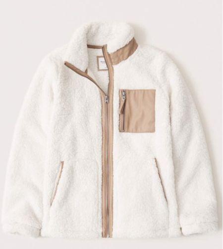 Ivory Sherpa jacket.   #LTKSeasonal #LTKstyletip
