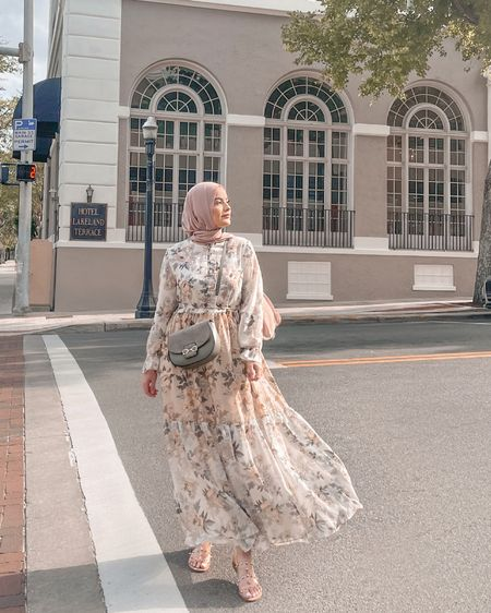 15% Discount Code: OMAYAZEIN   http://liketk.it/3dGvX #liketkit @liketoknow.it #maxidress #springdress #summerdress #omayazein #hijab #hijaboutfits #hijabfashion