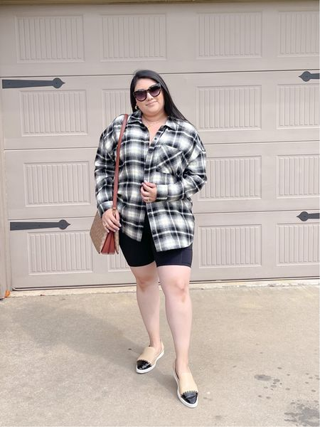 Love this fall transition outfit with the plaid shocker! So comfy and casual for a road trip getaway ☺️  #LTKstyletip #LTKcurves #LTKtravel