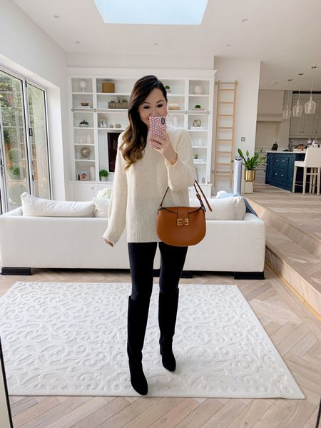 Chunky oversized cream coloured knit sweater with knee high boots and leggings = my autumn fall uniform! 😍   Teamed with my Fendi shoulder bag ❤️   Took a size small in the sweater, size 4 in the leggings ❤️