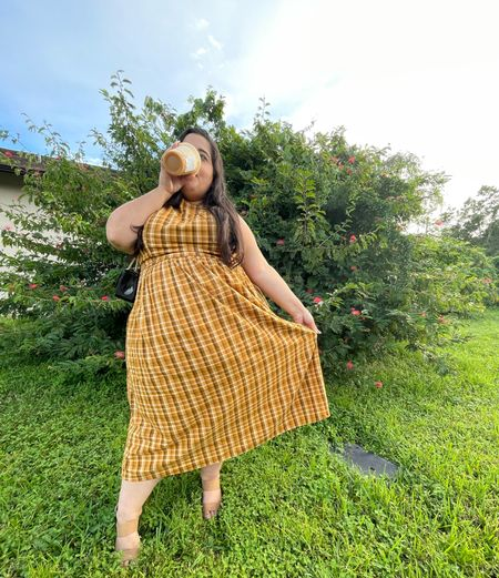 Plaid For Days🧡🍂🍁 This dress screams pumpkin cream cold brew! ☕️ I had to get one today in honor of this Old Navy Dress!   #LTKunder50 #LTKcurves #LTKSeasonal
