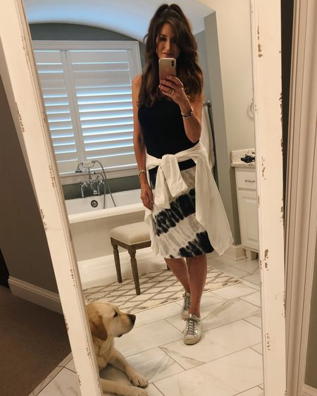 As you have probably seen, tie-dye is making a major comeback again this spring and summer. I am usually very picky about my tie-dye prints, but there are so many cute options out there right now including this skirt. What do you think about tie-dye? Will you buy into this trend?   I hope you all have a wonderful Memorial Day weekend! 🇺🇸   http://liketk.it/2PuzT #liketkit @liketoknow.it #LTKstyletip You can instantly shop all of my looks by following me on the LIKEtoKNOW.it shopping app