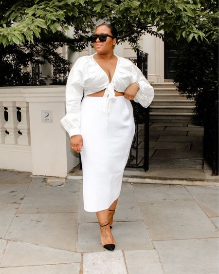 I think this might be one of my favourite outfits to date! Lovely white wrap blouse paired with a stunning white knitted midi skirt! #liketkit @liketoknow.it @liketoknow.it.europe @liketoknow.it.home You can instantly shop all of my looks by following me on the LIKEtoKNOW.it shopping app http://liketk.it/3jei2   #LTKunder50 #LTKcurves #LTKeurope