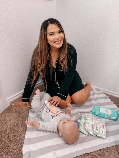 CRUELTY FREE BABY ESSENTIALS just hit the blog! From diapers to baby wash and from lowest to highest priced. I'm also sharing our most favorite diapers with y'all in stories. (Hint we love Prints) @liketoknow.it #liketkit http://liketk.it/2LrWb  #linkinbio or visit deannchristensen.com 🤍 . .