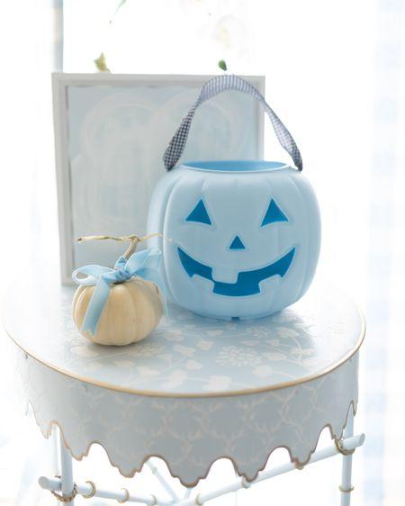 Halloween Treat Basket! Pumpkin bag. Trick or treat #halloween #costumes #velvetribbon #ribbon #nursery #baby #toddler #toddlerboy