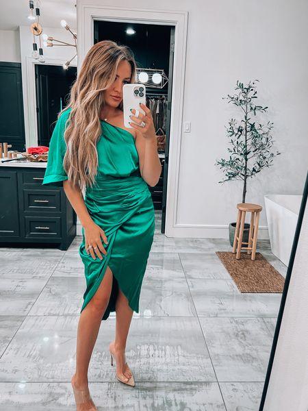 Green dress, size small Magen20