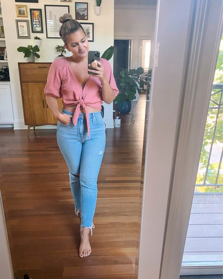 It's the last day of #LTKday discounts!!! My top is 20% off and runs true to size. My jeans are $25 off when you spend $125+ and they run big - I recommend sizing down! @liketoknow.it http://liketk.it/3hyiQ #liketkit  Madewell jeans Straight jeans High waisted jeans Crop top Tie top
