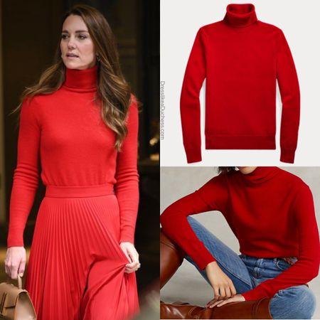Kate wearing Ralph Lauren turtleneck #holiday