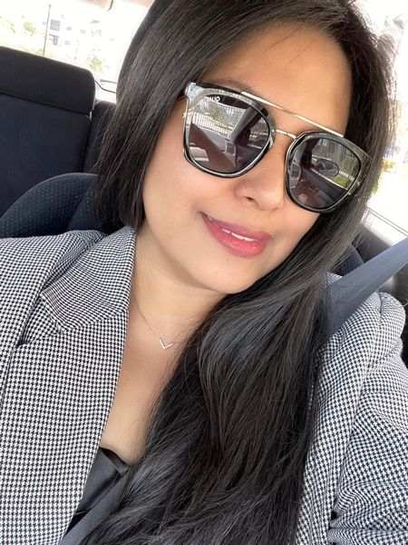 Is carfie still a thing?   Quay sunglasses | my go to necklace | Tom Ford lipstick (Casablanca) @liketoknow.it     #LTKbeauty #LTKstyletip #LTKworkwear #liketkit http://liketk.it/3dZmc