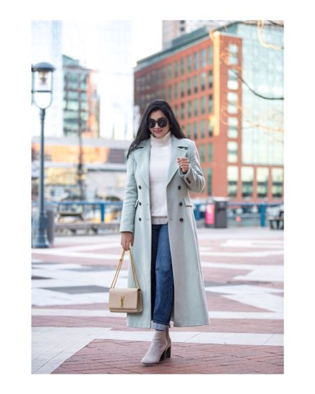 This gorgeous, yet practical coat will be my most-worn piece this season!💠 Happy Friday!😘  Outfit details- http://liketk.it/2z9xV #liketkit @liketoknow.it