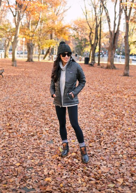 fall hiking + activewear outfit  •Patagonia Radalie jacket xs (also in a longer parka) •Zella 7/8 leggings xxs •Stoic funnel neck top xs •Sperry Saltwater boots sz 5  •Quay oversized sunglasses •Smartwool socks + beanie  #LTKfit #LTKSeasonal