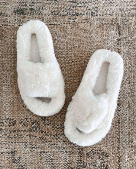 Amazon finds, amazon fashion, faux fur sandals #amazonfinds   #LTKunder100 #LTKstyletip #LTKunder50
