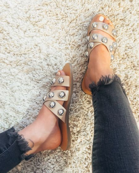 Found these studded nude sandals you're seeing all over the gram in stock & ON SALE for under $60! 🙌🏼 Also linked these jeans & tons of my other favs ALL on sale for only $75! RUN. You MUST take advantage of this promo. SO GOOD.  Shop all my looks on shoppedtilshedropped.com or in the LIKEtoKNOW.it app - simply download the app, give me a follow or screenshot one of my IG pics to shop http://liketk.it/2Mljx #liketkit @liketoknow.it