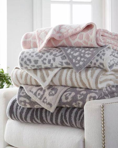 Y'all need a good dupe.. here it is!! Barefoot dreams inspired blanket! http://liketk.it/37zSf #liketkit @liketoknow.it @liketoknow.it.home
