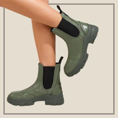 Two tone platform chelsea boots  #LTKshoecrush #LTKunder100 #LTKunder50