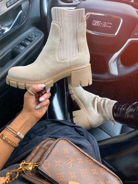 Women's boots Booties Chelsea boots Platform boots    #LTKshoecrush #LTKstyletip #LTKSeasonal