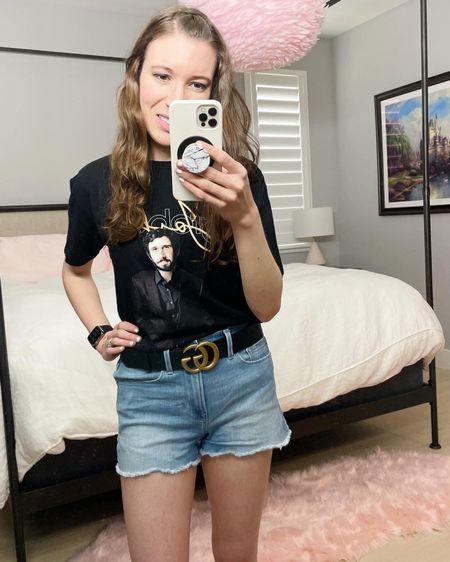 Black Gucci belt and Josh Groban tee 🖤👏🏼   http://liketk.it/3iGiq #liketkit @liketoknow.it #LTKbeauty #LTKstyletip #LTKtravel