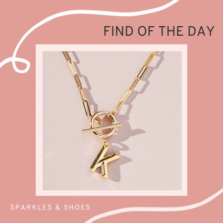 My #findoftheday is this Chain Link Monogram Pendant Necklace, a fun twist on the classic initial necklace and a perfect addition to Fall sweater dresses! #Anthropologie