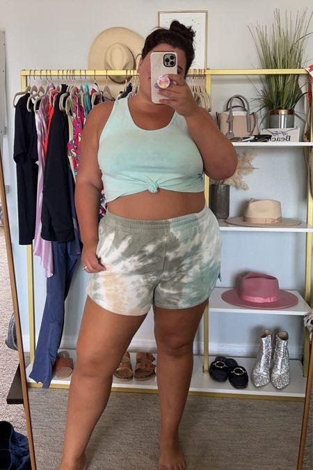 Sunday shorts! 💚   #LTKunder50 #LTKcurves