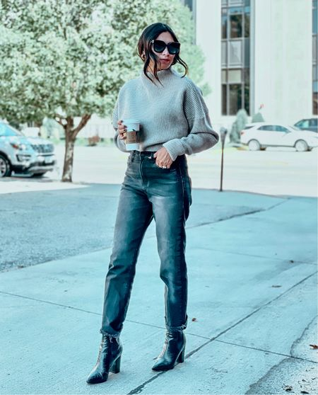Happy Saturday! We are taking it easy today, a Netflix kind of day… get fall ready with me in this look!   #LTKshoecrush #LTKunder100 #LTKstyletip