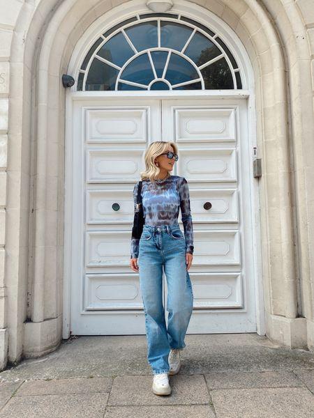 Everyday OOTD 💙☁️  my favourite wide leg high rise jeans for all seasons!   #LTKSeasonal #LTKstyletip #LTKeurope