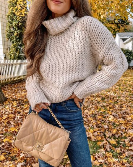 The Olivia Chunky Knit Turtleneck Sweater Beige  XS, TTS, cmcoving, Caitlin Covington, Pink Lily Collection, fall fashion, use code CAITLIN20 for 20% off!   #LTKsalealert #LTKSeasonal #LTKunder100