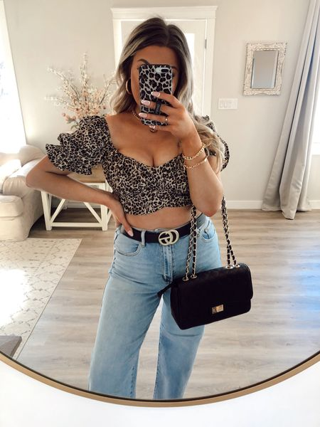 SERIOUS QUESTION Is leopard print over?! It's been a hot minute since I've shared anything leopard print and I think I'm still obsessed 😍 are you bringing back the print for fall?   I linked my entire outfit including these side leg high rise jeans in the @shop.LTK app! They are super cute and under $55! My top is only $20!    #LTKunder50 #LTKunder100 #LTKstyletip