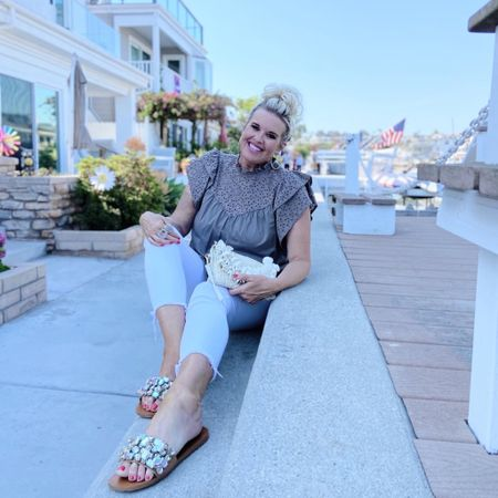 Balboa Island #outfit . What I wore to Balboa Island (photo dump)  . #whitejeans #summervacation #summertrip #vacation #vacationmode #easytowear #easytopack  #beachtrip . .  You can instantly shop my looks by following me on the LIKEtoKNOW.it shopping app Shop my daily looks by following me on the LIKEtoKNOW.it shopping app http://liketk.it/3hQah #liketkit @liketoknow.it #LTKtravel #LTKshoecrush #LTKstyletip