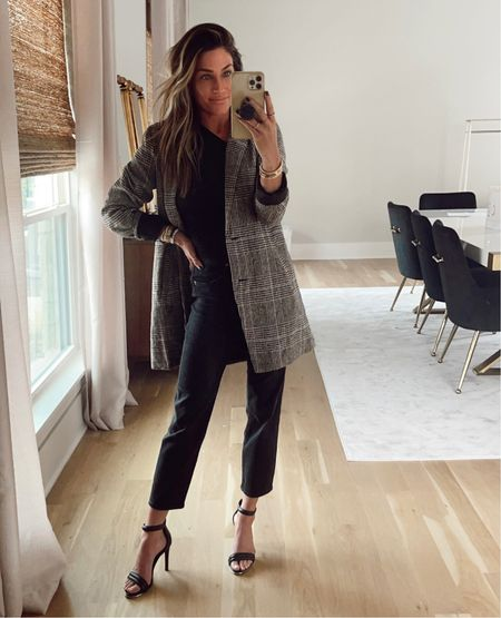Amazon blazer. Size xs.  Workwear. Black jeans are true to size.     #LTKstyletip #LTKworkwear