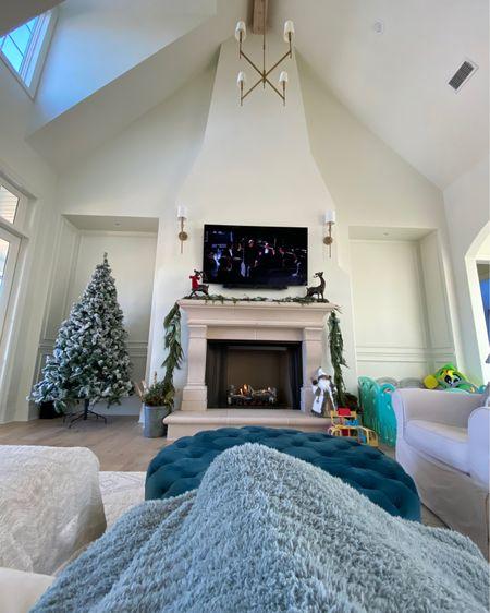 Ottoman, cozy blanket, barefoot dreams http://liketk.it/34FwW #liketkit @liketoknow.it #LTKhome #LTKfamily #LTKstyletip @liketoknow.it.home