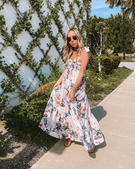 Sunday Best! I love a pretty maxi for Summertime!Do you wear more dresses or shorts during the Summer? 🌸   http://liketk.it/3fq8z @liketoknow.it #liketkit #LTKstyletip #LTKunder100