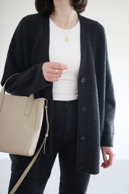 My favourite cardigan is currently 20% Off with FRESHSTART through 9/6.   Use LEE15 for 15% Off anytime.   The Cocoon Cardigan has a generous fit so I sized down one size from my usual S to an XS. Full review of this cult favourite is on the blog under Honest Reviews.       #LTKsalealert