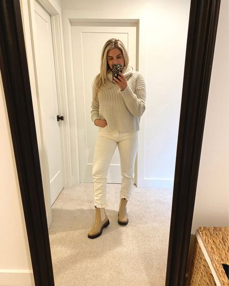 These Sam Edelman Chelsea boots are so amazing! Size up half a size. The ivory jeans are stretchy and so flattering with the super high rise too 🤩 tts or size down  .   http://liketk.it/35r4T #liketkit @liketoknow.it #StayHomeWithLTK #LTKstyletip #LTKmens