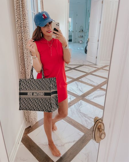 Emily Ann Gemma, 4th of July Outfit, Patriotic Outfit, Casual Summer Outfit 2021, Red hooded cotton dress, Shein, Shein finds, Patriotic hat, La Hat, Anthropologie , Dior Book Tote, What to wear summer 2021 http://liketk.it/3iqOT #liketkit @liketoknow.it