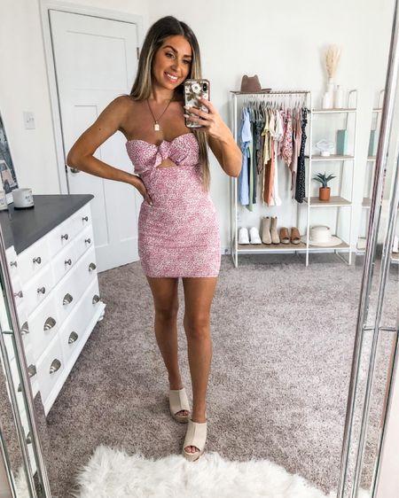 Windsor strapless dress under $40 🤍 size xs http://liketk.it/3ifDT #liketkit @liketoknow.it #LTKunder50 #LTKstyletip #LTKshoecrush