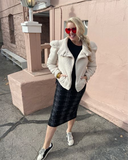 Valentine's Day  inspo pencil skirt and sneakers style. .  Shop your screenshot of this pic with the LIKEtoKNOW.it shopping app Download the LIKEtoKNOW.it shopping app to shop this pic via screenshot http://liketk.it/37EqI #liketkit @liketoknow.it #LTKVDay #LTKstyletip #LTKunder50
