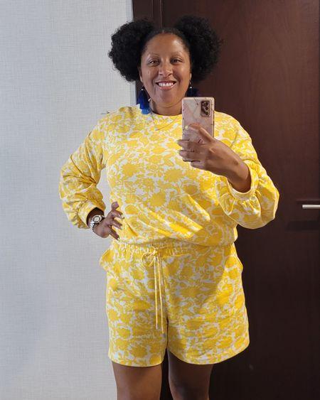 Colorful, comfy active wear set #WhoWhatWear http://liketk.it/3goPL @liketoknow.it #liketkit #LTKstyletip #LTKunder100 #LTKtravel