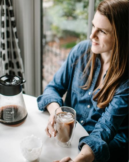 My latest coffee making obsession: the @braunhousehold.na multi-serve coffee maker, which not only has an iced coffee setting, it can make just one cup, perfect for that afternoon pick-me-up. Plus, it's the last day to snag it for 15% off the Braun Kitchen Collection on @amazon.    #liketkit @liketoknow.it http://liketk.it/3ehvy