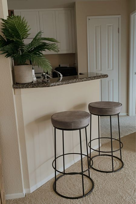 Perfect apartment barstools for small space & so easy to assemble + fast shipping! 🤍🤩   http://liketk.it/3bcs2   @liketoknow.it @liketoknow.it.home    #liketkit #LTKhome #LTKsalealert #LTKSpringSale