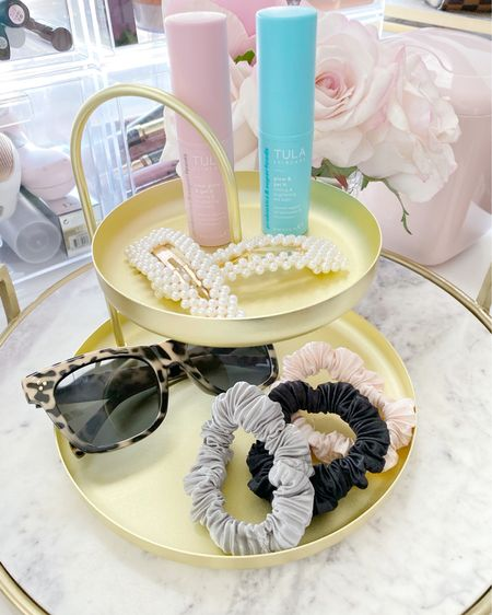 This little stand is perfect for counter or nightstand to catch all those little things http://liketk.it/3fWwl #liketkit @liketoknow.it #LTKstyletip #LTKhome #LTKbeauty