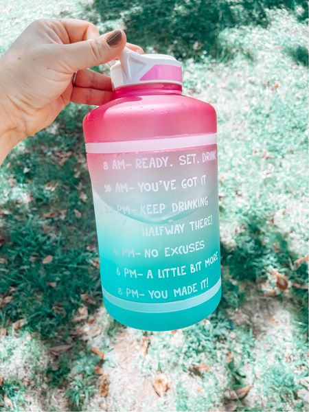 Need to get in more water? Look no further! Love the time indicator and fun ombré colors!!  #LTKfit #LTKsalealert