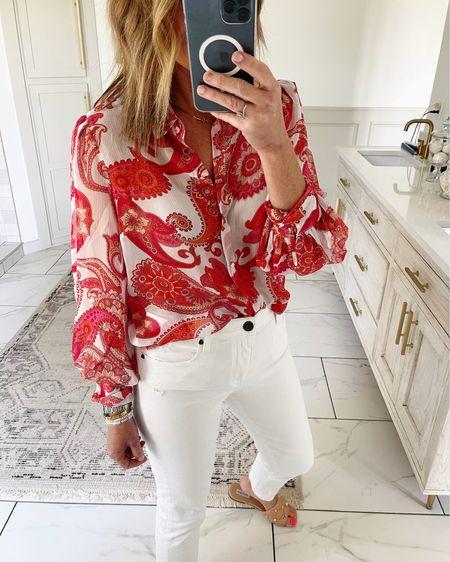 Saturday night date night outfit best white pants http://liketk.it/3hXrZ @liketoknow.it #liketkit #LTKstyletip #LTKshoecrush #LTKunder100