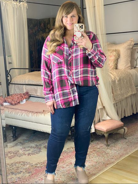 I love this pink plaid top for fall! It's under $20 and perfect for layering.